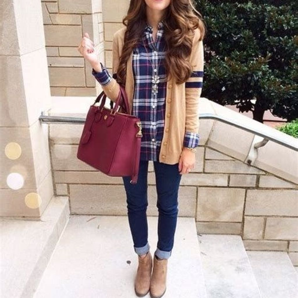 Simple And Comfy Fall Outfits Ideas 39