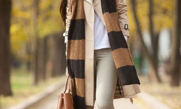 Stunning Fall Outfits Ideas With Scarves 10