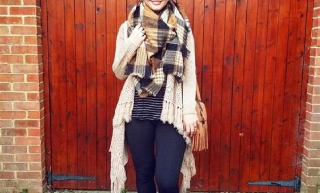 Stunning Fall Outfits Ideas With Scarves 22