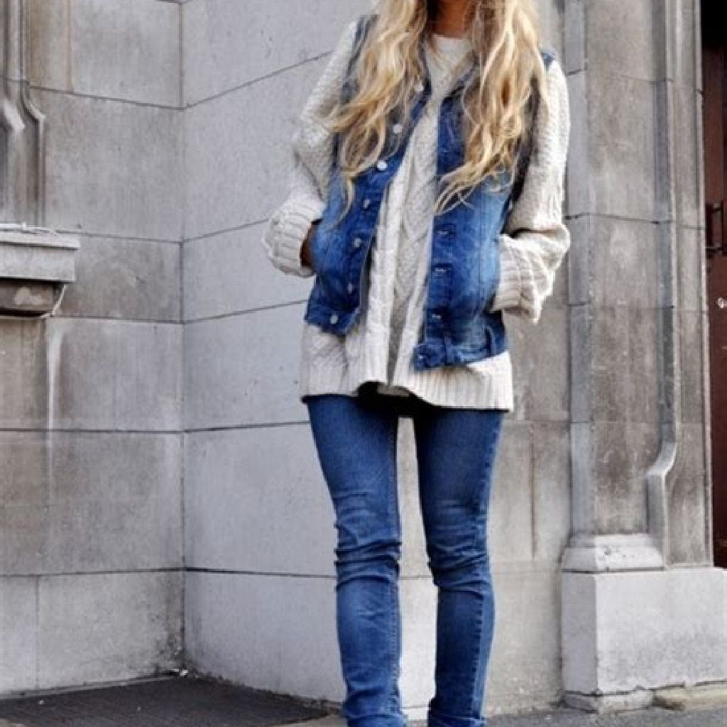 Stunning Fall Street Style Outfits Ideas For Women To Upgrade Your Look 14