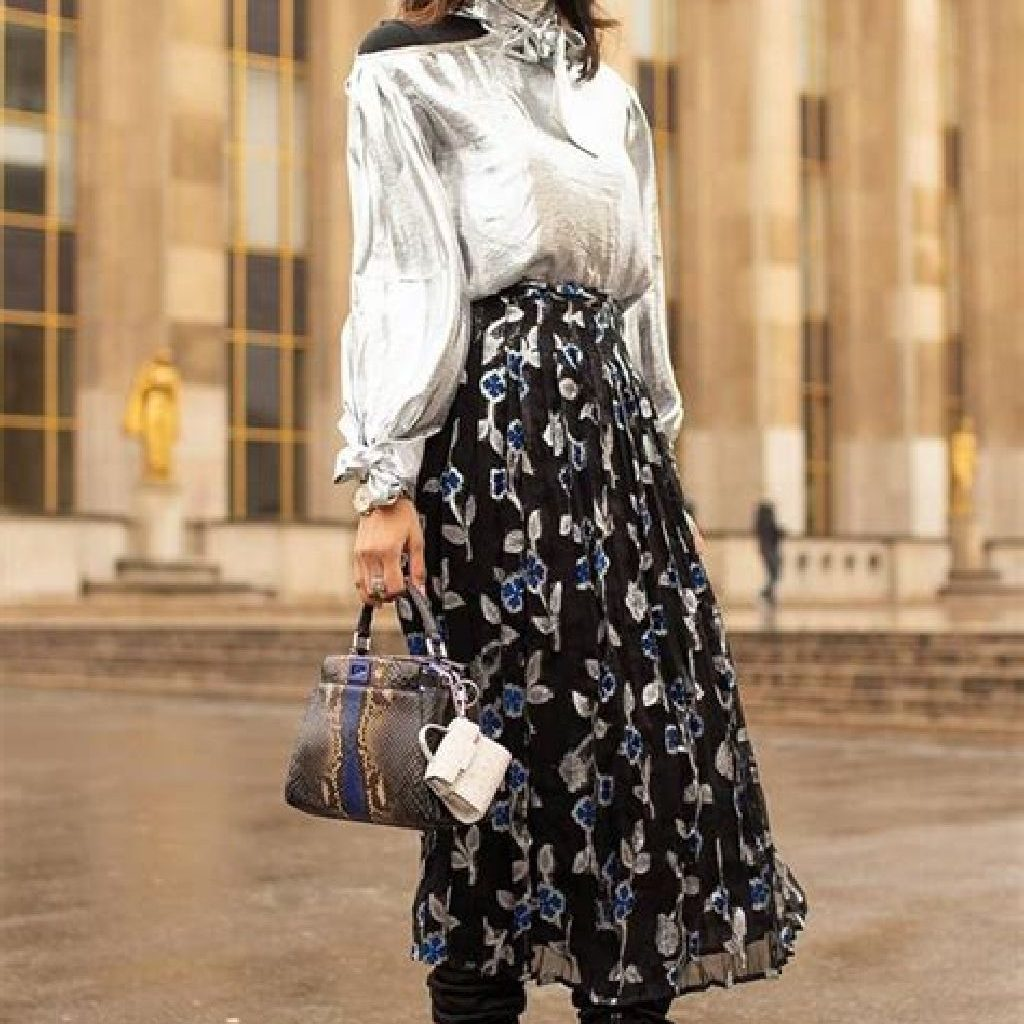 Stunning Fall Street Style Outfits Ideas For Women To Upgrade Your Look 28
