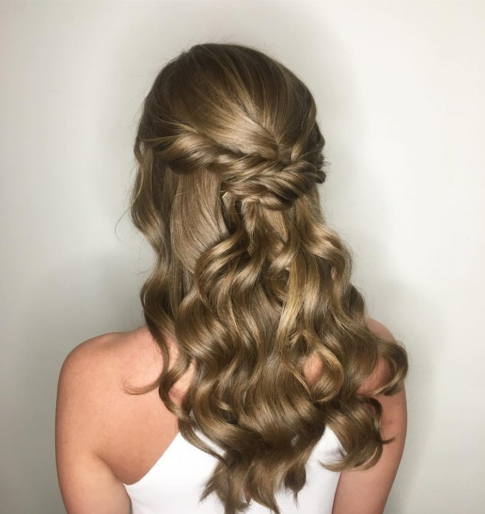 20 Easy Prom Hairstyles For 2021 You Have To See Easy Prom Hairstyle For Medium Long Hair