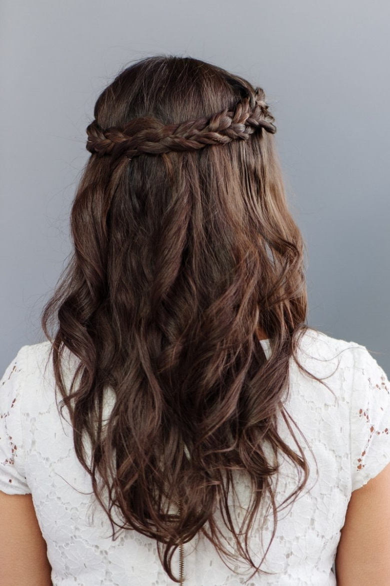 30 Bridesmaid Hairstyles Your Friends Will Love | A 10+ Awesome Bridesmaid Hairstyles For Medium Hair