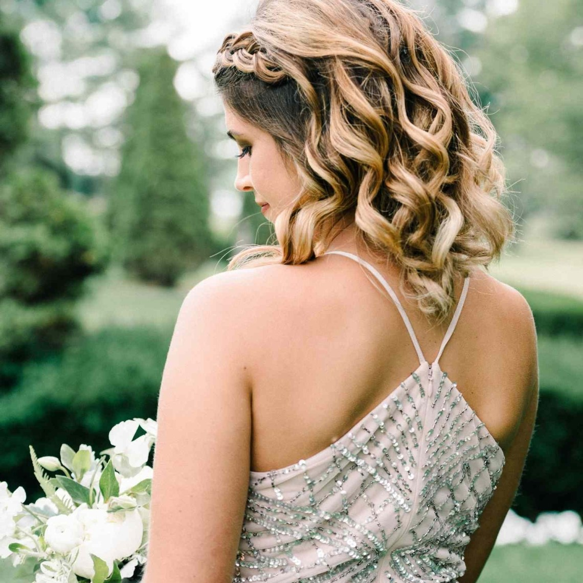 48 Wedding Hairstyles Perfect For Your Bridesmaids 20+ Adorable Bridesmaid Medium Hairstyles