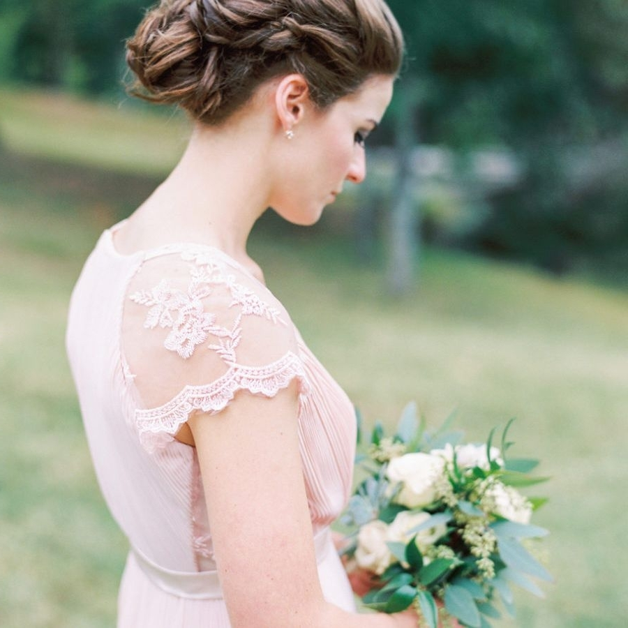 48 Wedding Hairstyles Perfect For Your Bridesmaids Bridesmaid Medium Hairstyles