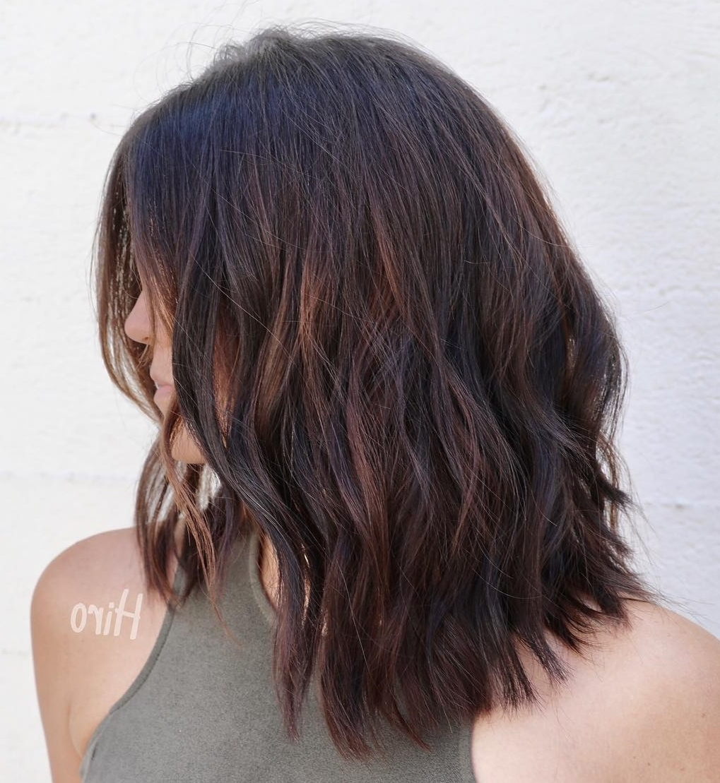 60 Medium Length Haircuts And Hairstyles To Pull Off In 2020 Hairstyles For Medium Hair With Highlights