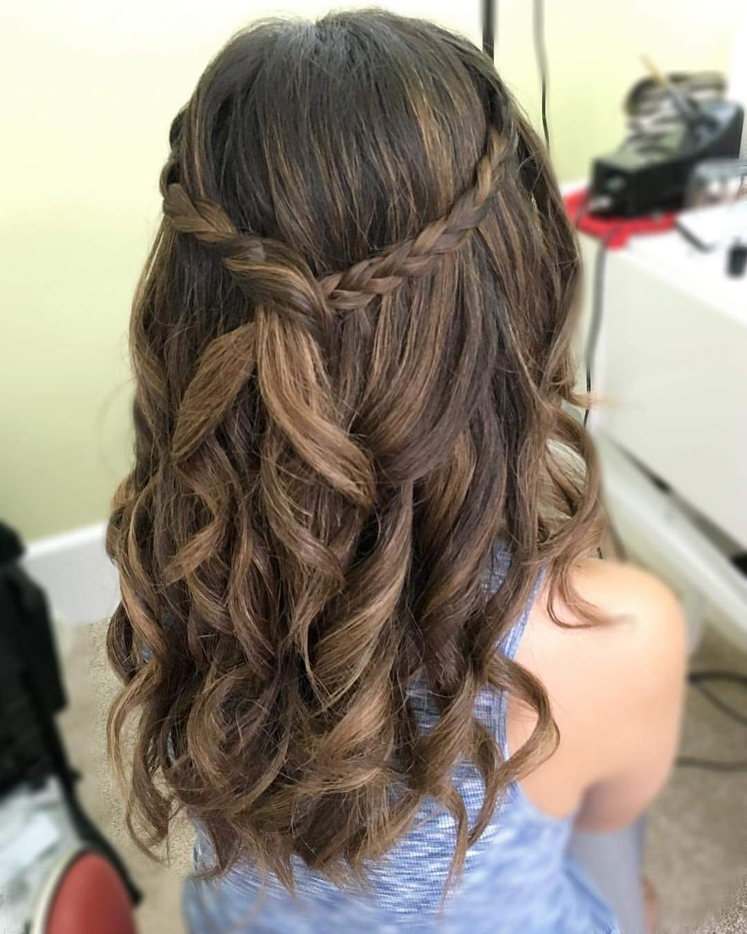 Awesome Graduation Party Hairstyle | Graduation Hairstyles Hairstyles For Graduation For Medium Length Hair