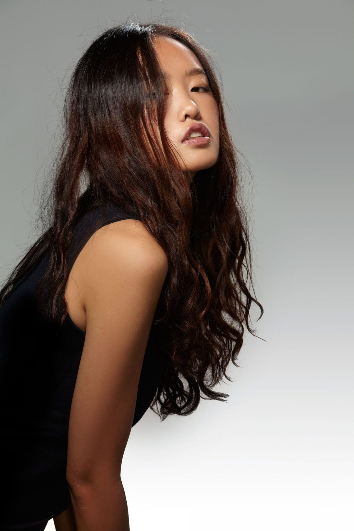 Best Asian Hairstyles & Haircuts How To Style Asian Hair Asian Women'S Hairstyles Medium Length
