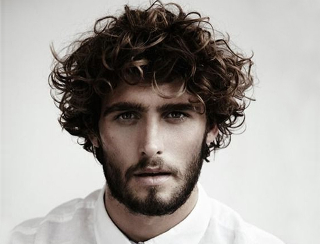 Best Curly Hairstyles & Haircuts For Men [2020 Edition] Medium Length Curly Wavy Mens Hairstyles