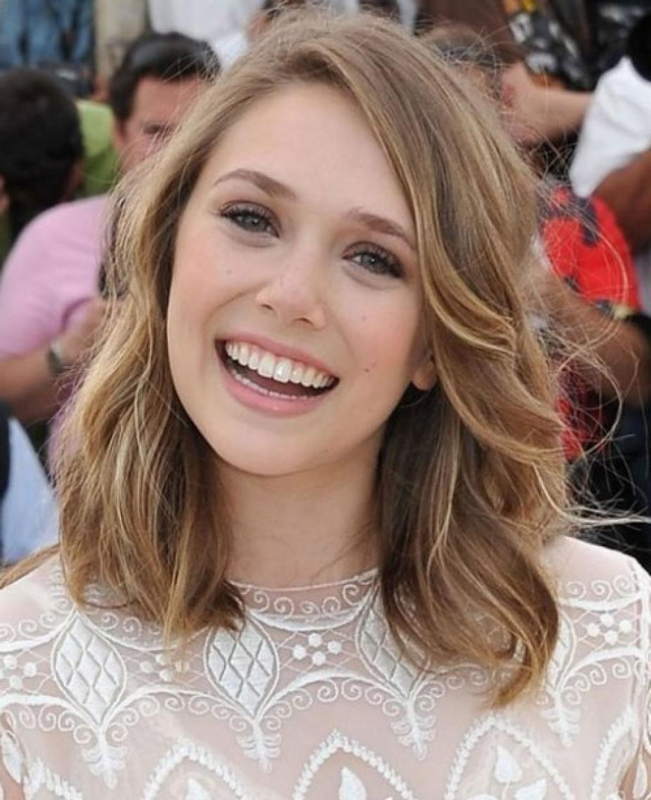 Grace The Most Elegant Hairstyles For Your Round Face 20+ Adorable Medium Hairstyles For Round Chubby Faces