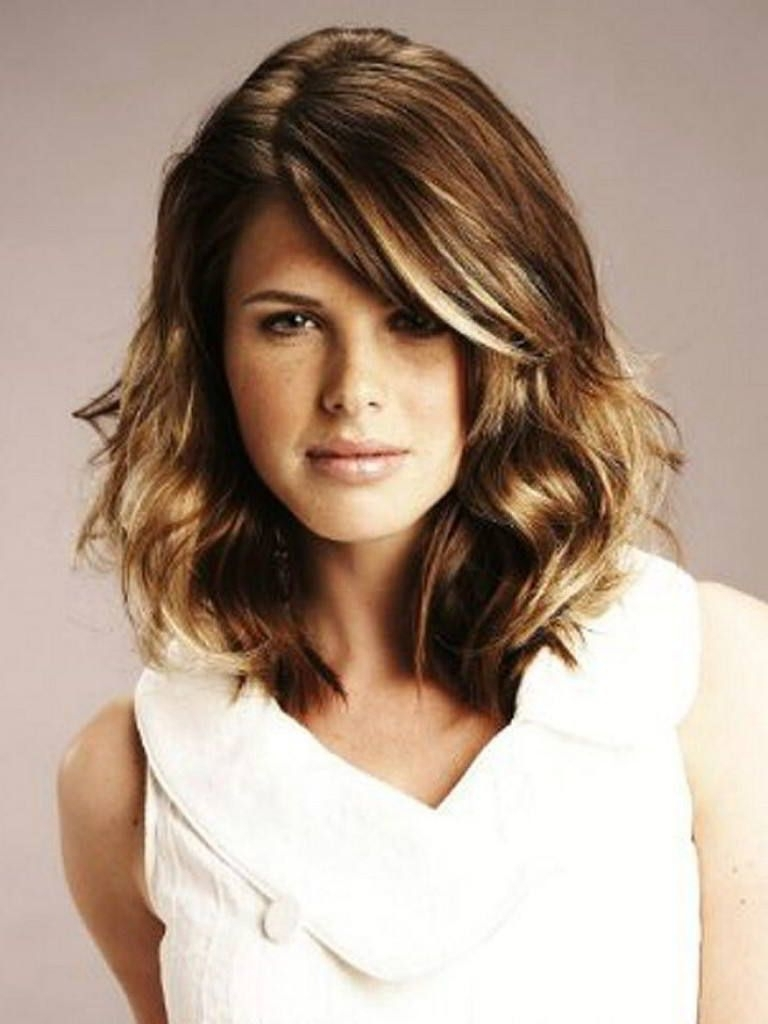 Pin On Cheveux Medium Length Hairstyles For Thick Wavy Hair 2015