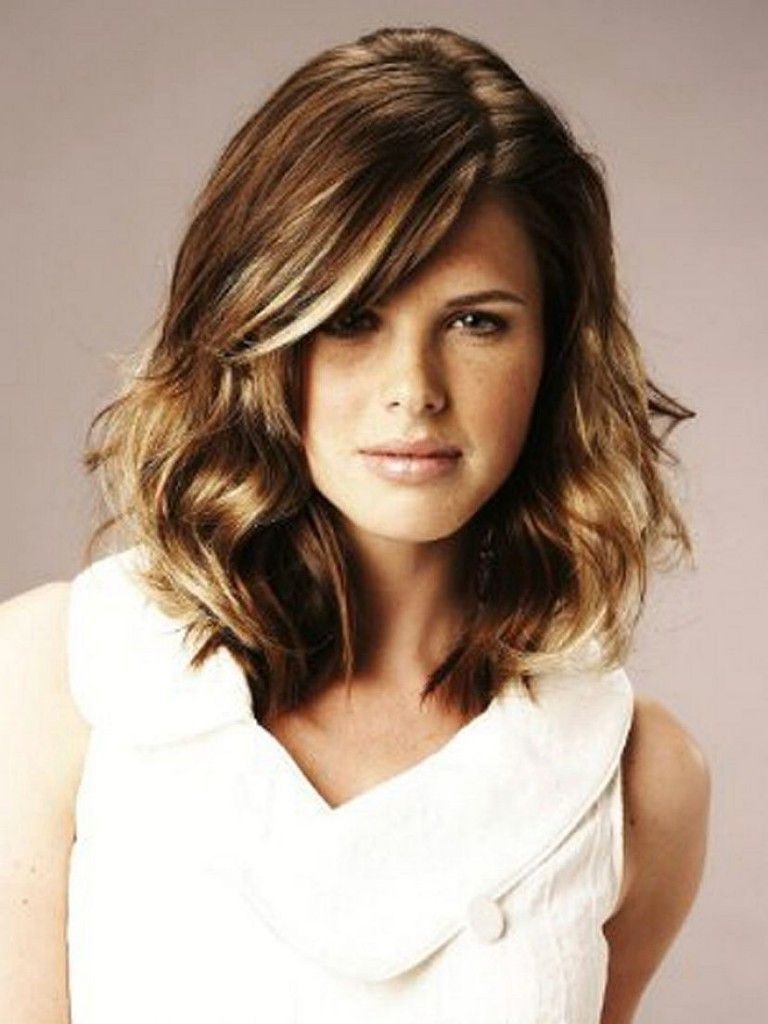 Pin On Mid Length Haircuts Medium Length Hairstyles For Thick Wavy Hair 2015