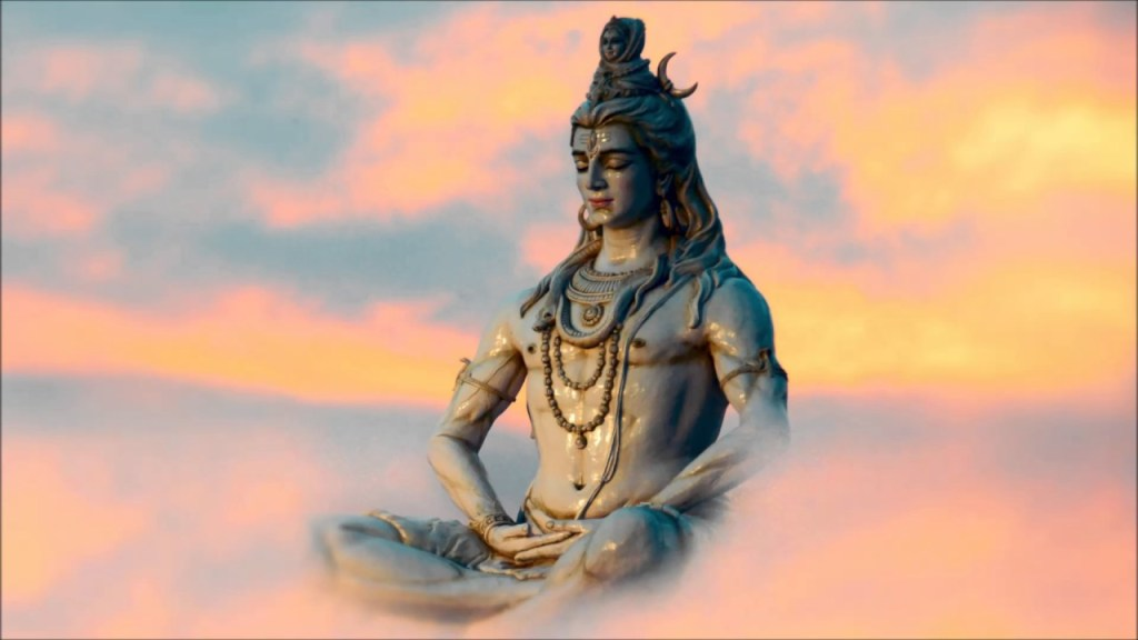 Shiva idol surrounded by the sky