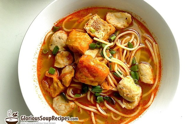 How To Make Meatball Noodle Soup