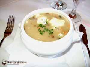 Mushroom and Chicken with Sour Cream Soup Recipe