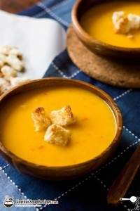 Tangy Pumpkin Soup with Green Chilli Swirl Recipe