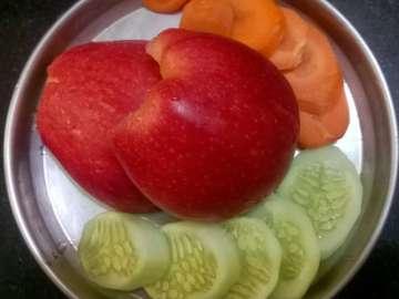 Apple carrot cucumber munchies
