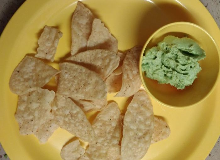 Guacamole recipe: Easy homemade avocado-based dip for nachos. Check out this super simple recipe with tips to make guacamole in 5 minutes!!