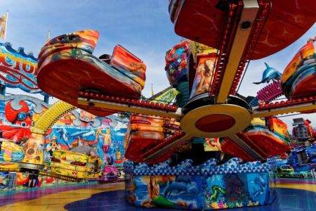 Tips to enjoy Winterfest at California's Great America with kids ..rides