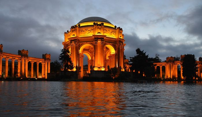 San Francisco with kids - Palace of Fine Arts