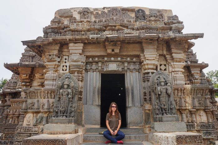 How to dress in India: Tips for your first India visit