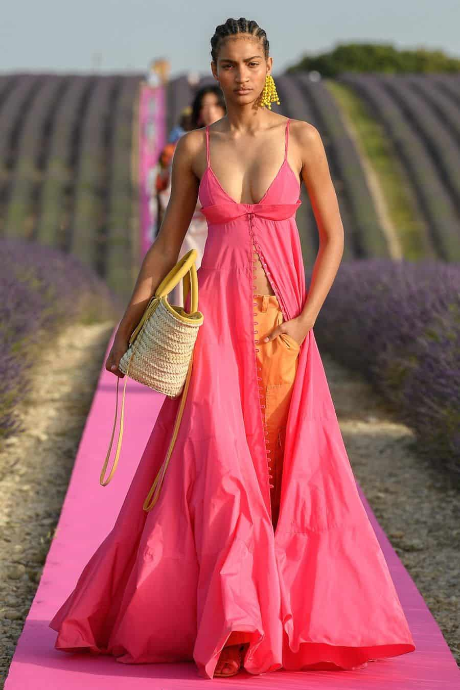 Women Fashion 2021 The Hottest Looks to Try In 2021 ...