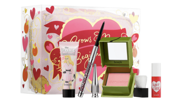 Sephora Canada Benefit Cosmetics NEW Brows and New Beginnings Mini Value Set 2020 Chinese Lunar New Year Canadian New Release - Glossense