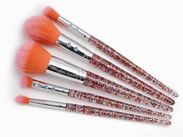 Ipsy Canada Free SLMISSGLAM Rainbow Luxe Brush Set May 2021 - Glossense