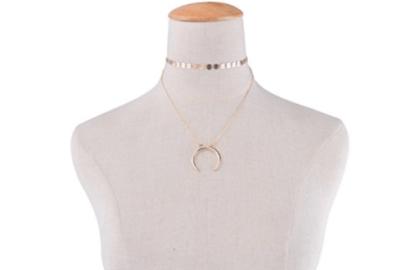 moon choker pendant necklace