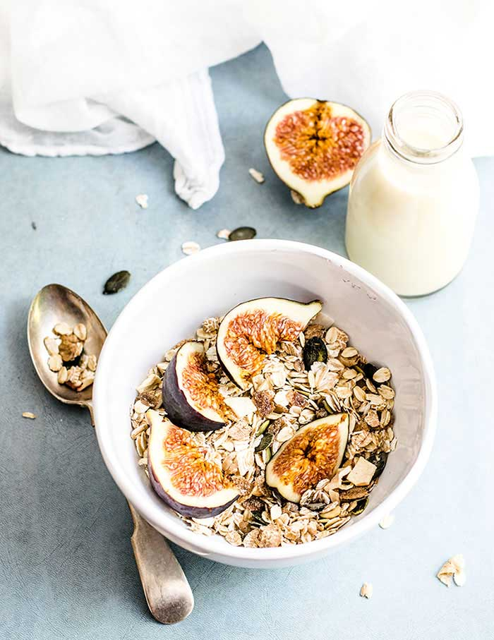 healthy eating oatmeal bowl with oats