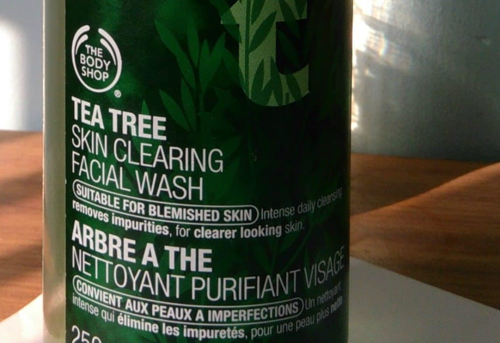 the Body Shop Tea Tree Skin Clearing Facial Wash , bodyshop tea tree face wash 4