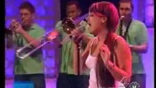 Lily Allen Performance Apr 18 2007