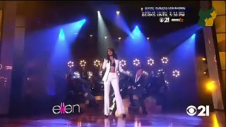 Selena Gomez Performance Oct 09 2015