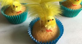 easter chick cakes, easy easter cakes, easter cakes with no icing, kids easter cakes