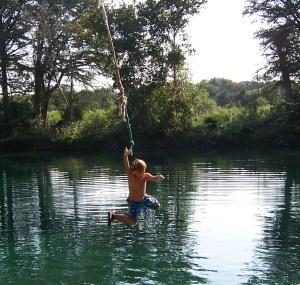 Rio Frio Rope Swing - Andre'