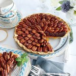 This photo is from Southern Living. It looked so beautiful in the magazine that the Grill-Meister knew immediately that this pie had to be on our Thanksgiving table that year.