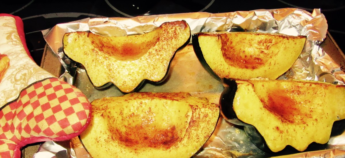 Simple Autumn Side: Baked Acorn Squash