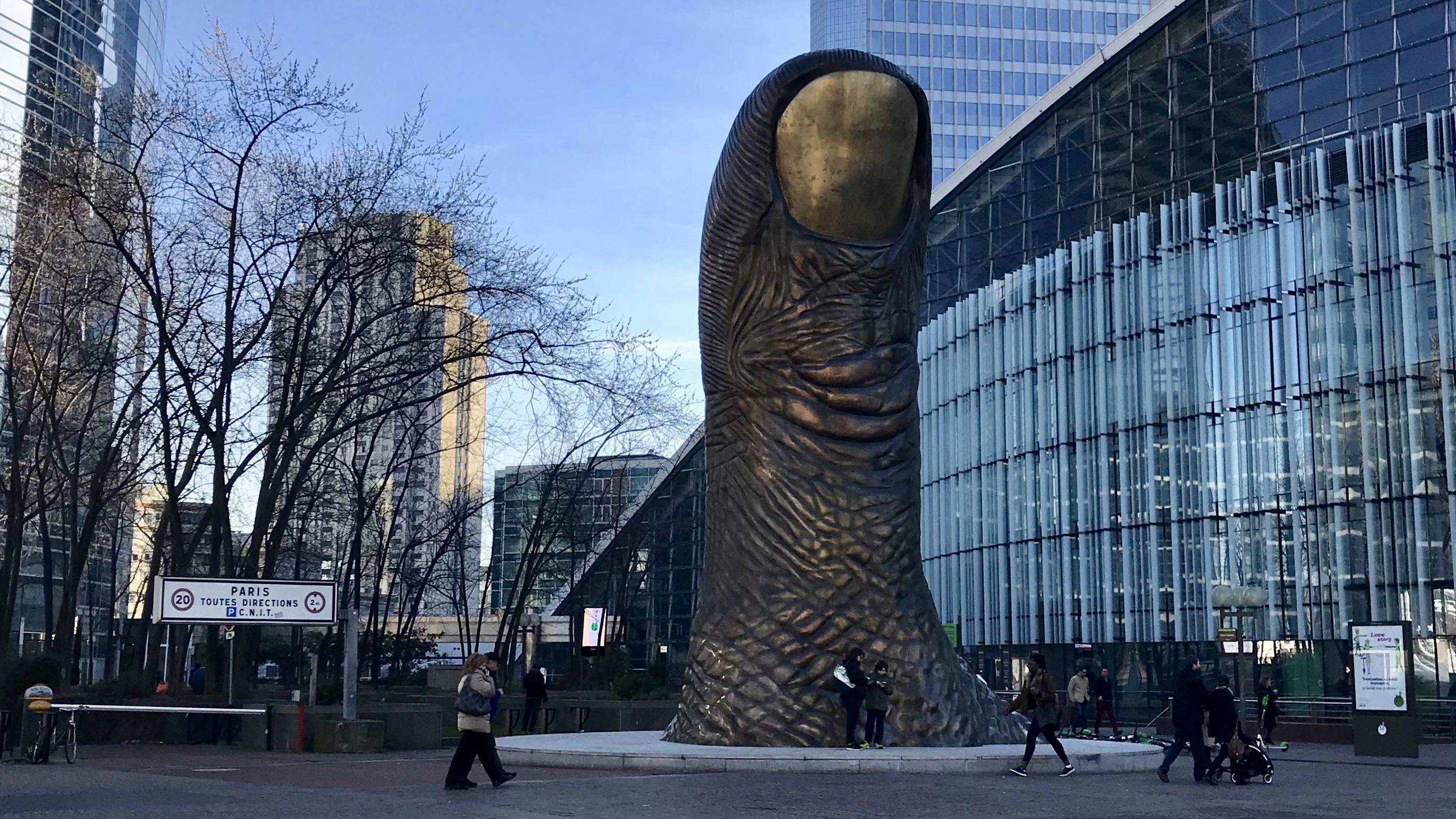 Thumbs Up in Paris