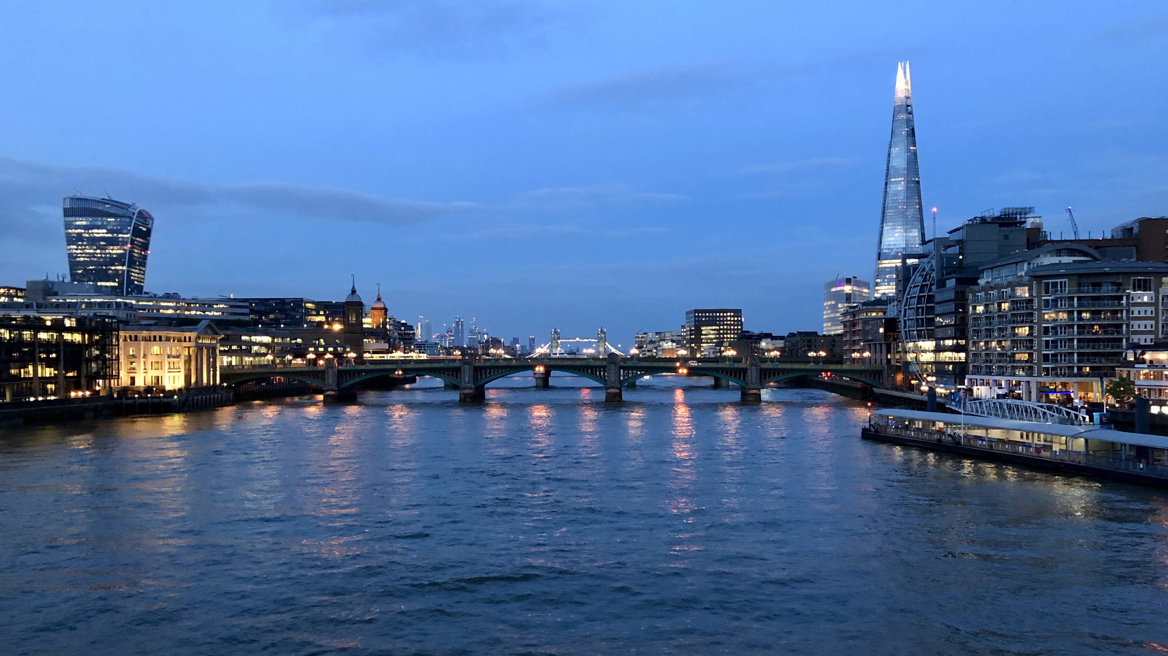 London by Night: Take a Stroll with Us Over the Thames