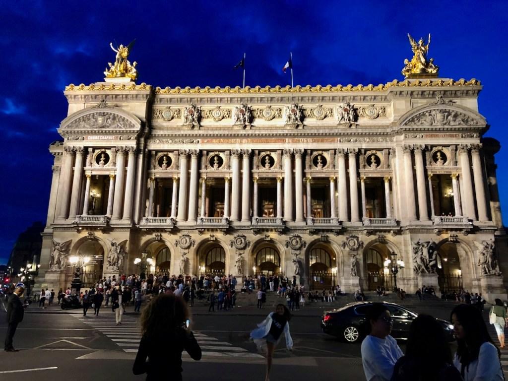 Palais Garnier on Saturday night