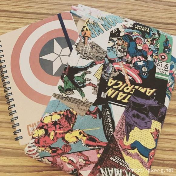 後ろは全面ポケットなのでノートとペンが入る。