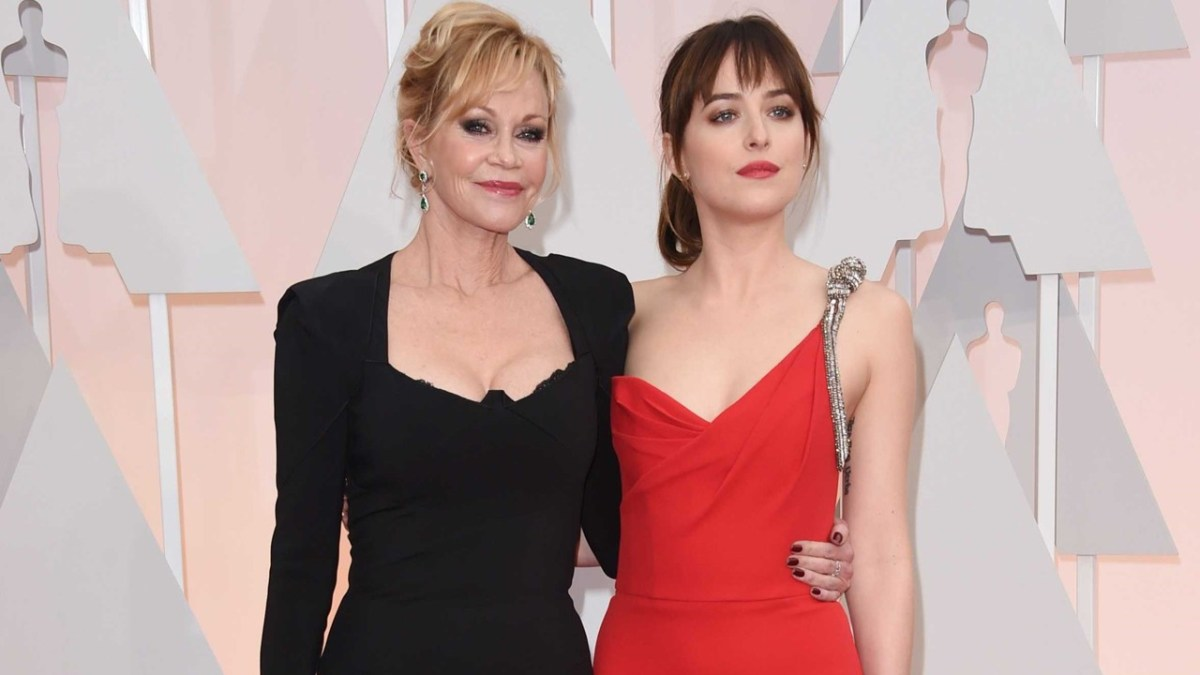 dakota-johnson-melanie-griffith.jpg