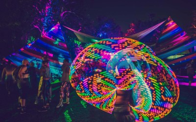 The 4 Best Glow in the Dark Stones of 2019 - Glow Decorations