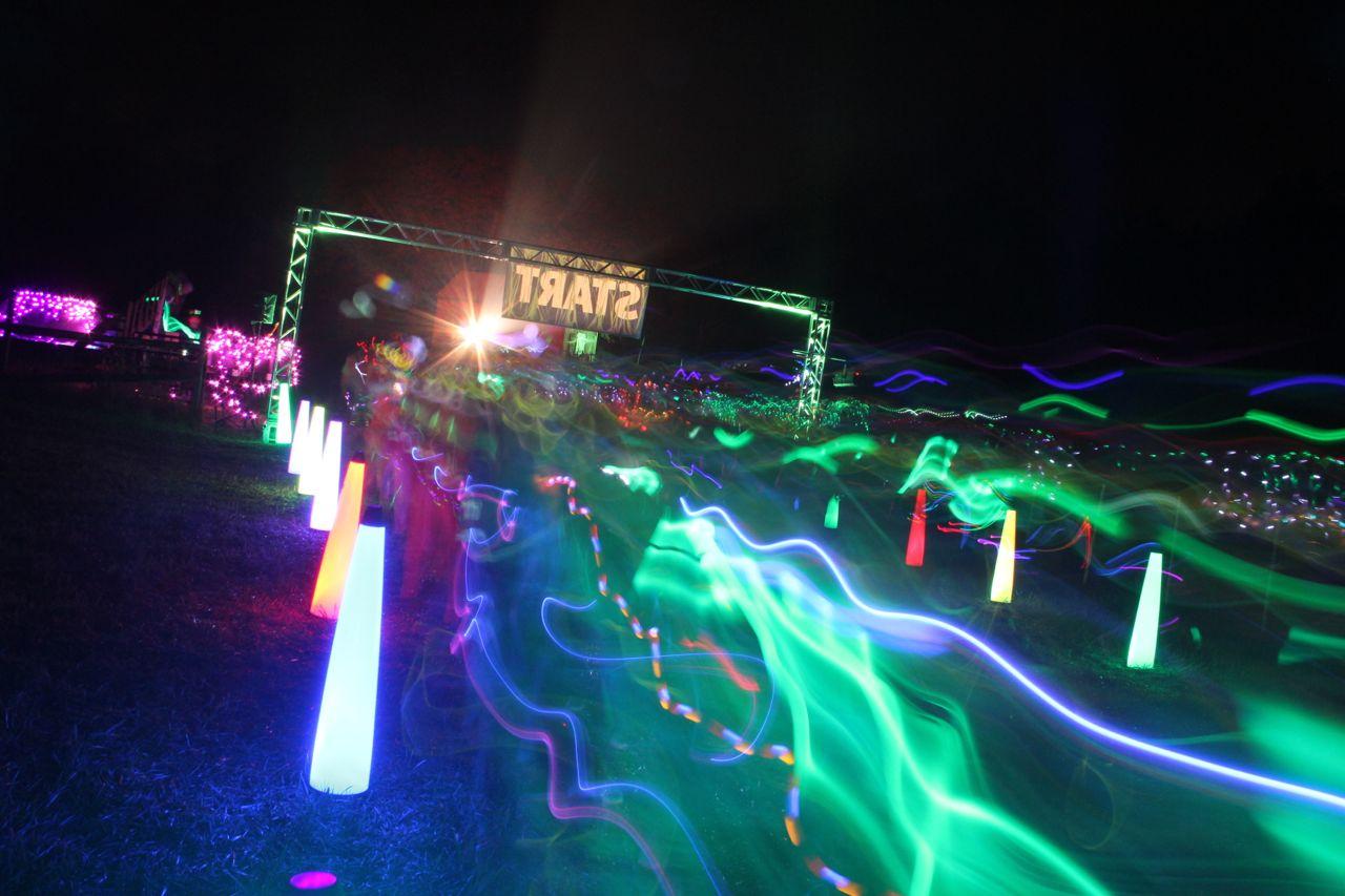 Awesome Neon Glow Run Photos Glowgear Night Golf