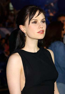 Anna Paquin Glowing Color