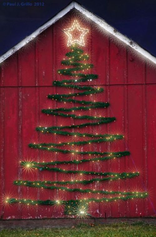 Outdoor Christmas Tree Motif