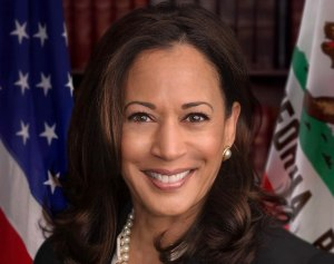 898px-Senator_Harris_official_senate_portrait