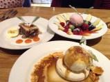 Dessert at Sisters