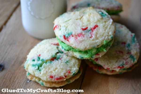 Holiday Confetti Sandwich Cookies {Recipe}