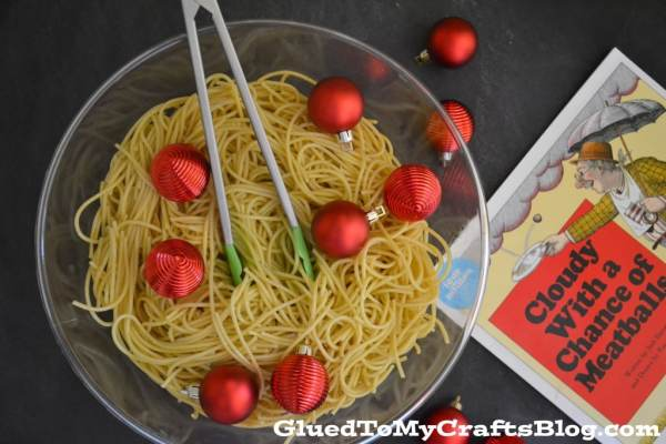 Spaghetti Sensory Bin Idea {Cloudy With a Chance of Meatballs}